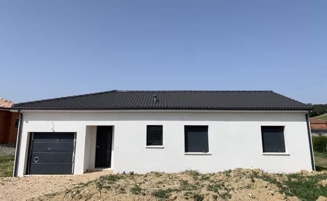 Nettoyage de fin de chantier d'une villa située sur la commune de Bonrepos-sur-Aussonnelle, DNA Propreté & Services