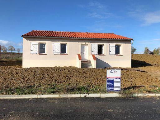 Nettoyage de fin de chantier d'une villa située sur la commune de Gémil avec Groupe Maison France Confort, DNA Propreté & Services