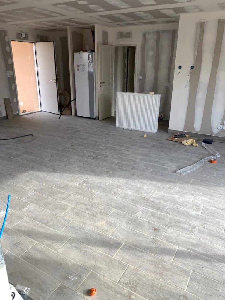 Nettoyage de fin de chantier d'une villa située sur la commune de Lasera, DNA Propreté & Services