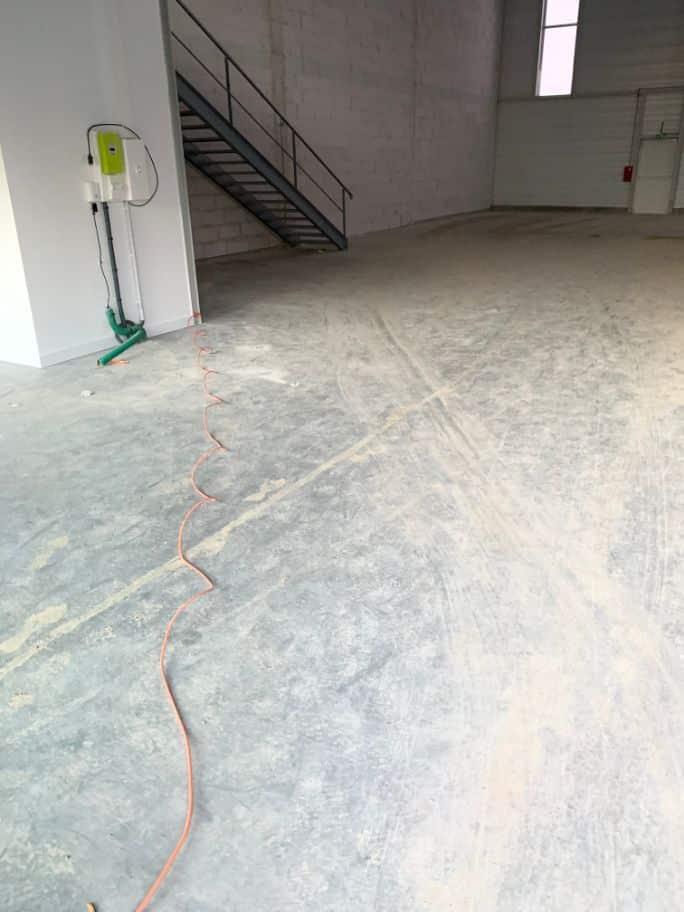 Nettoyage d'un bâtiment situé à Toulouse pour la société Carrere, DNA Propreté & Services