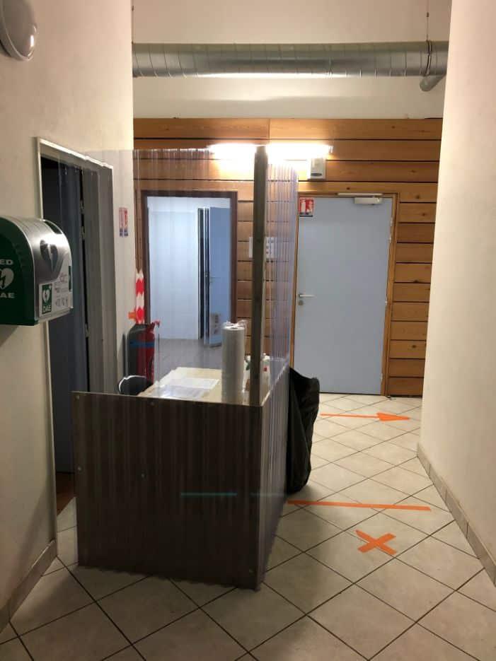 Nettoyage et désinfection du Centre de Consultation COVID-19 au Vernet, DNA Propreté & Services