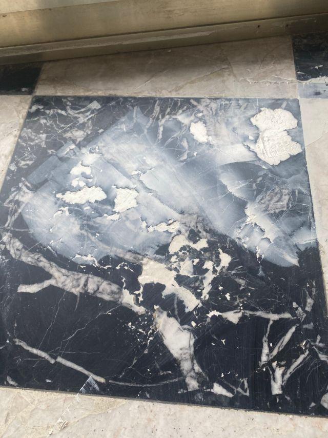 Rénovation d'un sol en marbre, DNA Propreté & Services