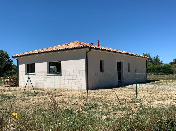 Nettoyage de fin de chantier d'une villa située à Muret, DNA Propreté & Services