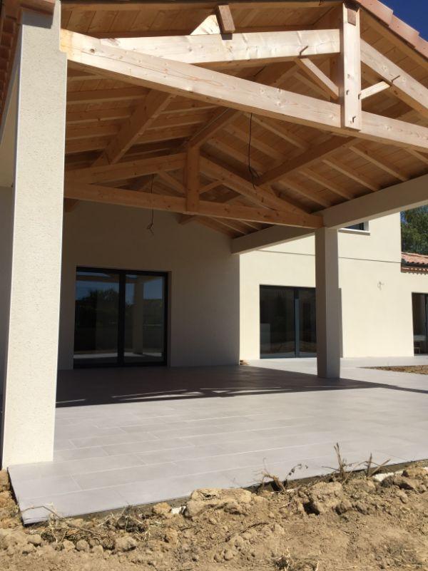 Nettoyage de fin de chantier d'une villa située à Lavaur pour Les Demeures Du Pastel, DNA Propreté & Services